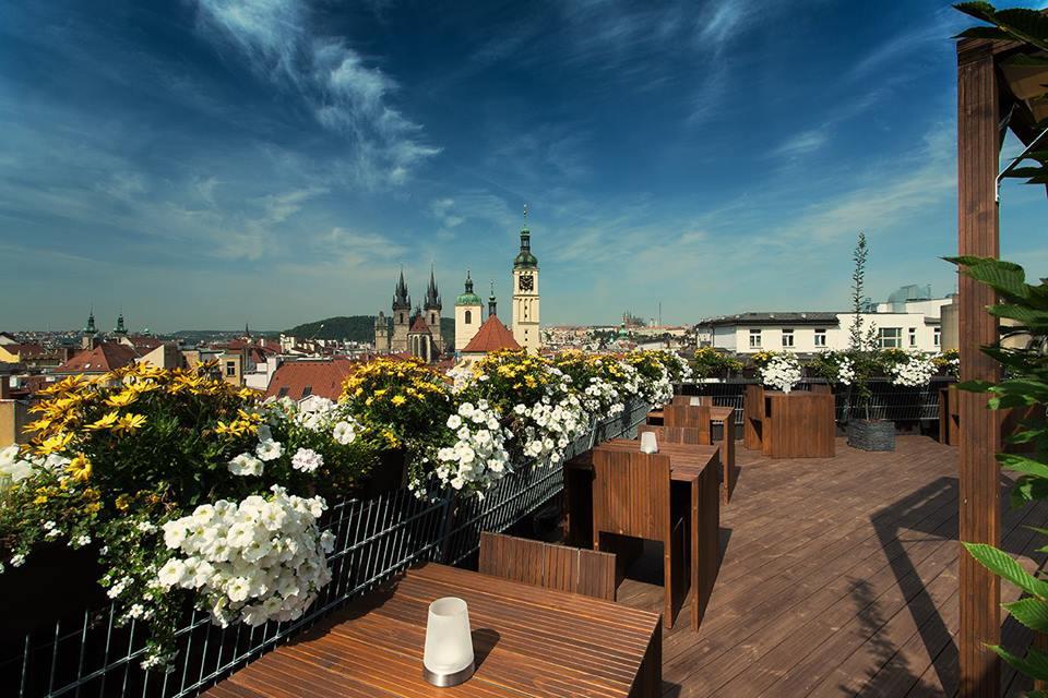 Sluneční terasa T-Anker, náměstí Republiky