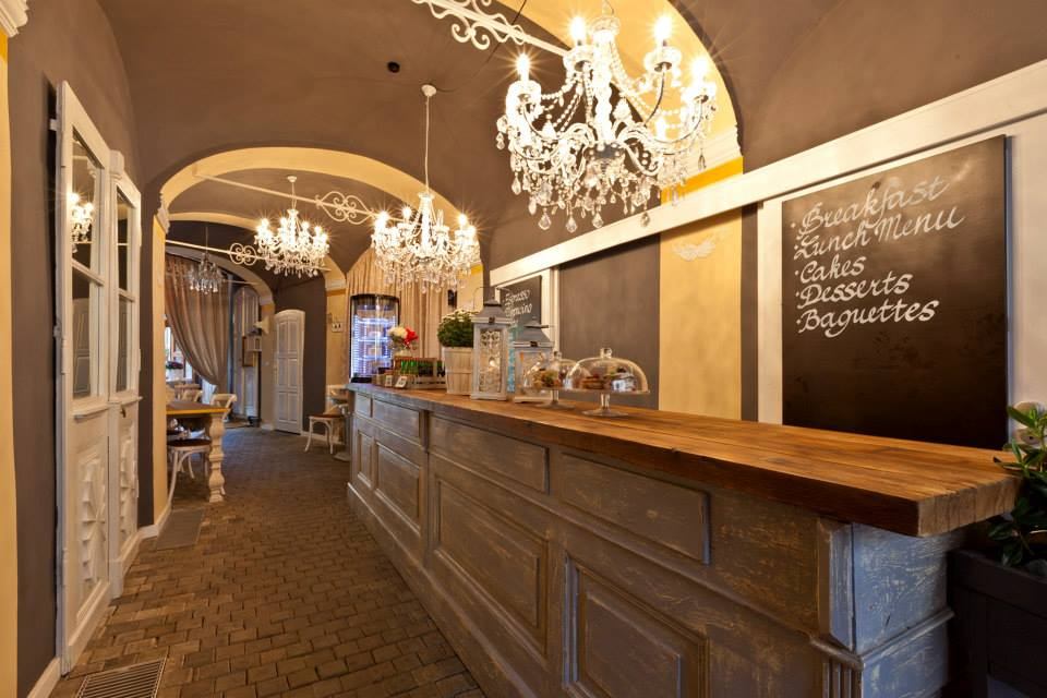 cathedral-cafe-lounge-restaurant