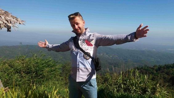 Davida jsme zastihli v Thajsku, kam se vydal na delší pracovní dovolenou