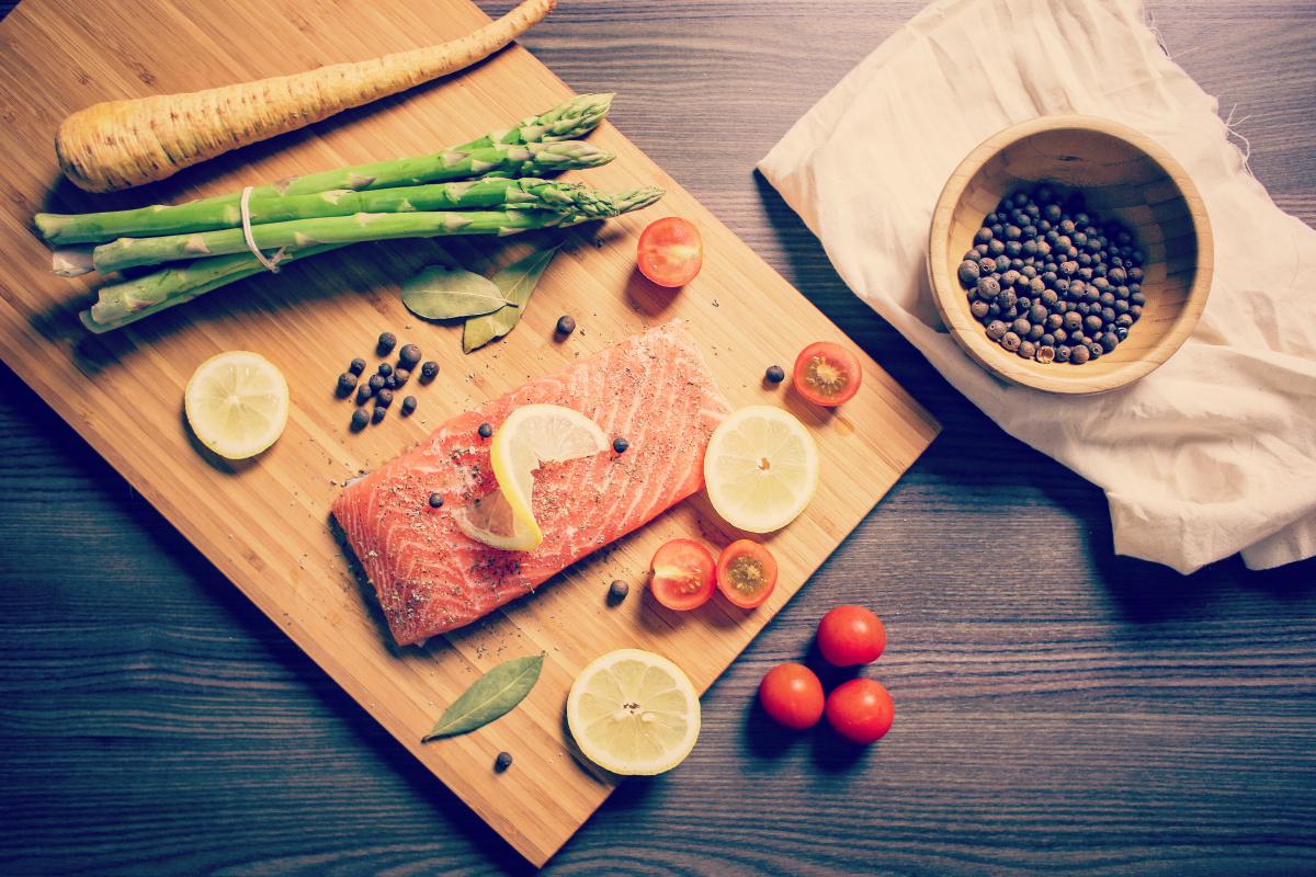 preparing-grilled-salmon-steak-picjumbo-com small