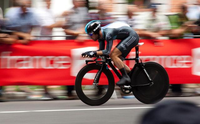 Jízda na kole zvyšuje efektivitu a to nemusíš být Peter Sagan, hubnutí, kalorie